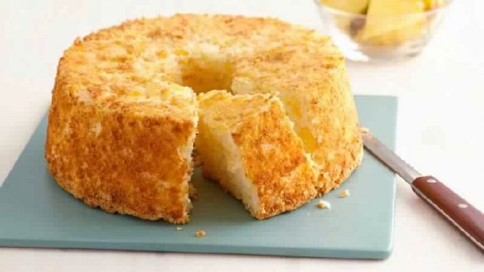 Try this 2 Ingredient Pineapple Angel Food Cake